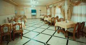 """Готельний комплекс """"Виноградів"""" - Ресторан"""