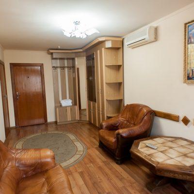"""Готельний комплекс """"Виноградів"""" - Люкс двокімнатний, 3 місний"""