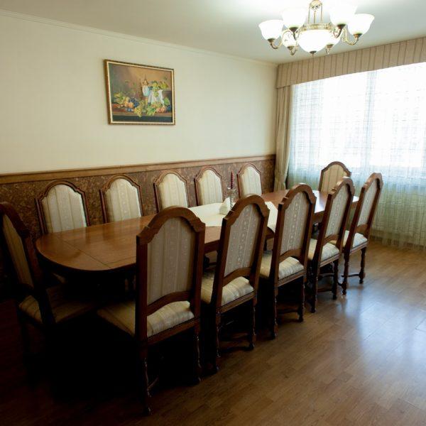 """Готельний комплекс """"Виноградів"""" - Банкетний зал"""